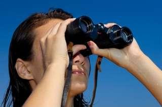 Woman_looking_through_Binoculars_1204331240228